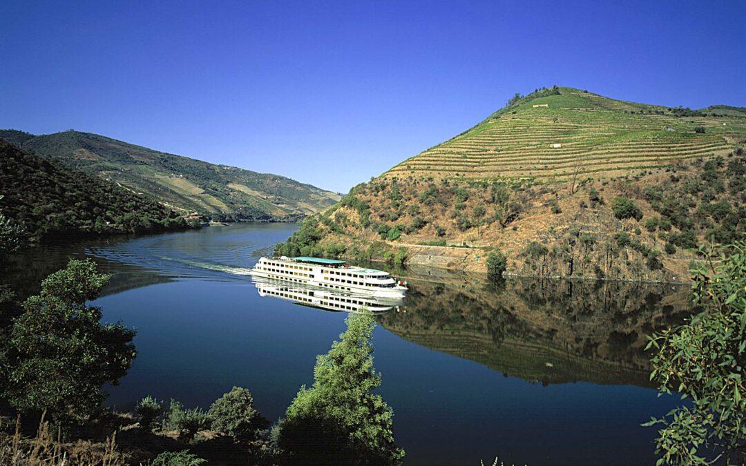 """Portogallo. Gli itinerari più belli per i """"wine lovers"""" tra cultura, natura e ottimi vini"""