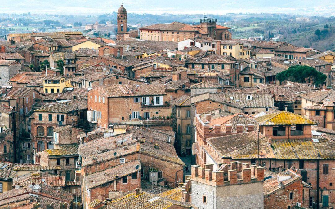 Acque e storia. L'itinerario di Siena per la Giornata nazionale del trekking urbano